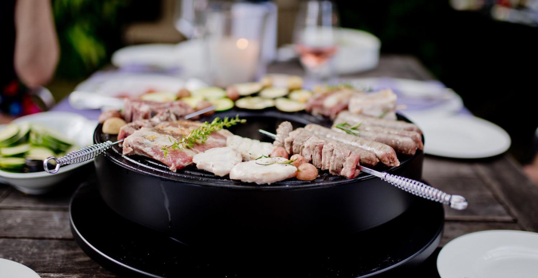 Outdoor summer |Grillspaß am Tisch mit dem Tischgrill OFYR Tabl'O